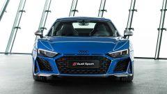 Audi R8 2019: restyling per coupé e spyder, rimane il V10 - Immagine: 4