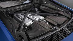Audi R8 2019: restyling per coupé e spyder, rimane il V10 - Immagine: 15