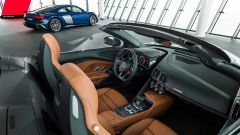 Audi R8 2019: restyling per coupé e spyder, rimane il V10 - Immagine: 26