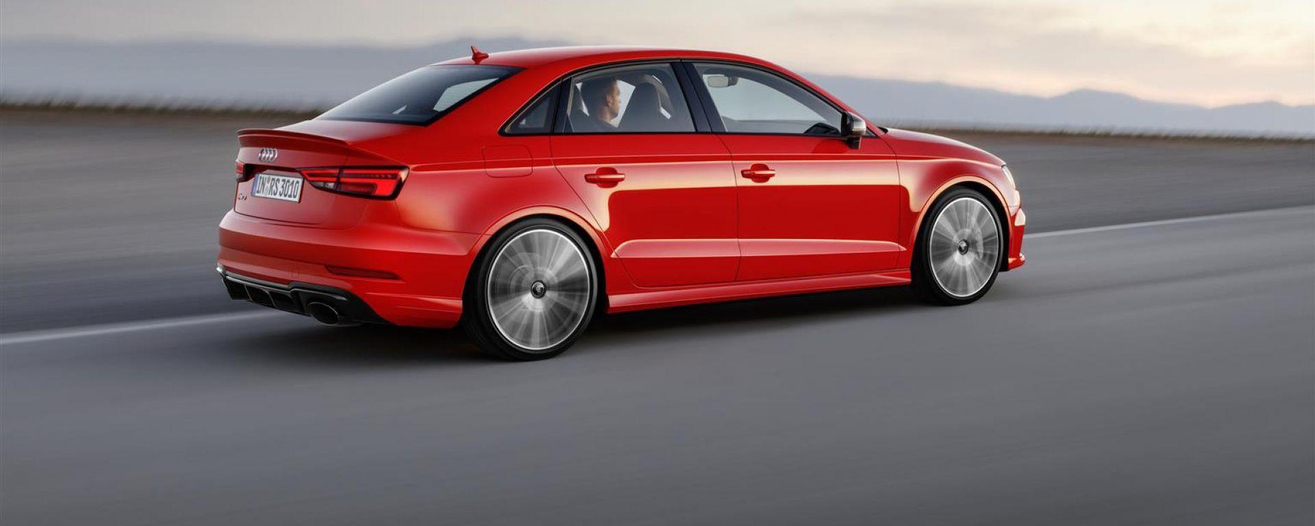 Audi RS 3 Sedan - la trazione integrale distribuisce la coppia a seconda delle esigenze