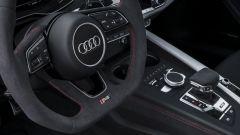 Audi RS 5 Coupé 2017: dettaglio del volante