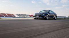 Audi RS 5 Coupé 2017 lanciata sul rettilineo di Misano