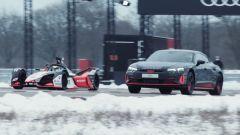 Audi RS e-tron GT vs Formula E, la drag race