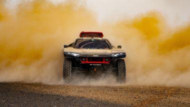Audi RS Q e-tron impegnata nei test nel deserto per Dakar 2022
