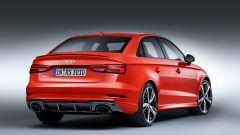 Audi RS3 Sedan: vista 3/4 posteriore