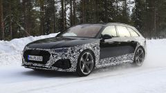 Audi RS4 Facelift: le prime foto spia - Immagine: 3