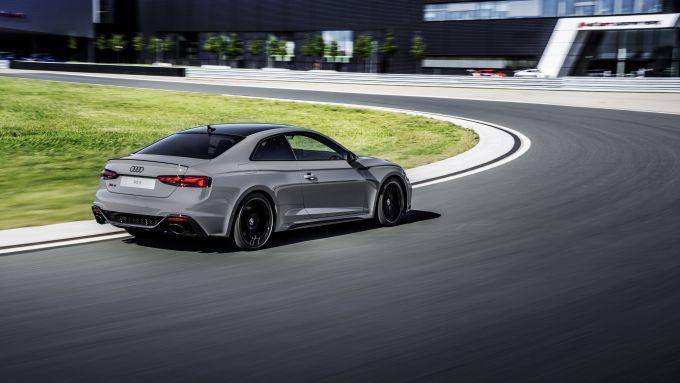 Audi RS5 Coupé 2020, migliori feeling di guida