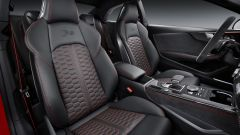 Audi RS5 Coupé: i sedili anteriori