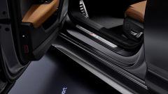 Audi RS6 Avant 2020, i battitacco