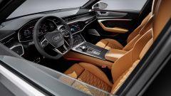 Audi RS6 Avant 2020, il posto guida