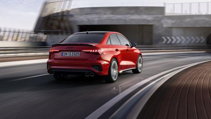 Audi S3 Sedan: visuale di 3/4 posteriore