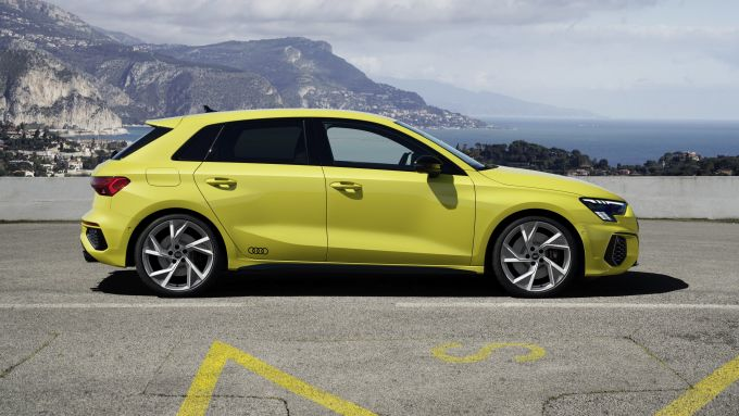 Audi S3 Sportback: visuale laterale