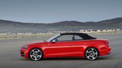 Audi S5 Cabrio: vista laterale