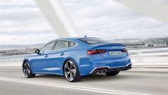 Audi S5 Sportback 2020: vista 3/4 posteriore