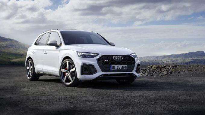 Audi SQ5: il 3/4 anteriore