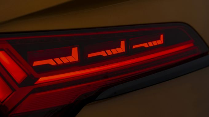 Audi SQ5 Sportback TDI: i gruppi a LED posteriori