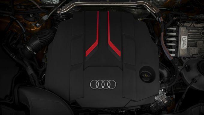 Audi SQ5 Sportback TDI: il V6 3.0 da 341 CV