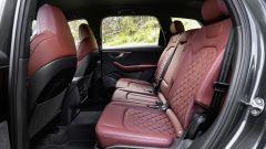 Audi SQ7: l'abitacolo posteriore
