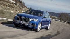 Audi SQ7 TDI: prova video della Suv con compressore elettrico - Immagine: 3
