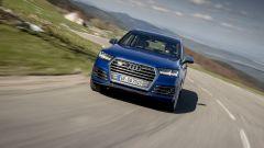 Audi SQ7 TDI: prova video della Suv con compressore elettrico - Immagine: 4