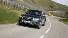 Audi SQ7 TDI: prova video della Suv con compressore elettrico - Immagine: 11