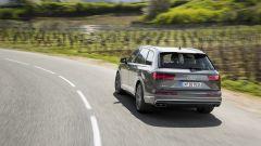 Audi SQ7 TDI: prova video della Suv con compressore elettrico - Immagine: 16