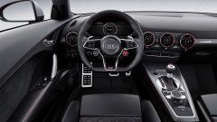 Audi TT RS 2016, posto guida