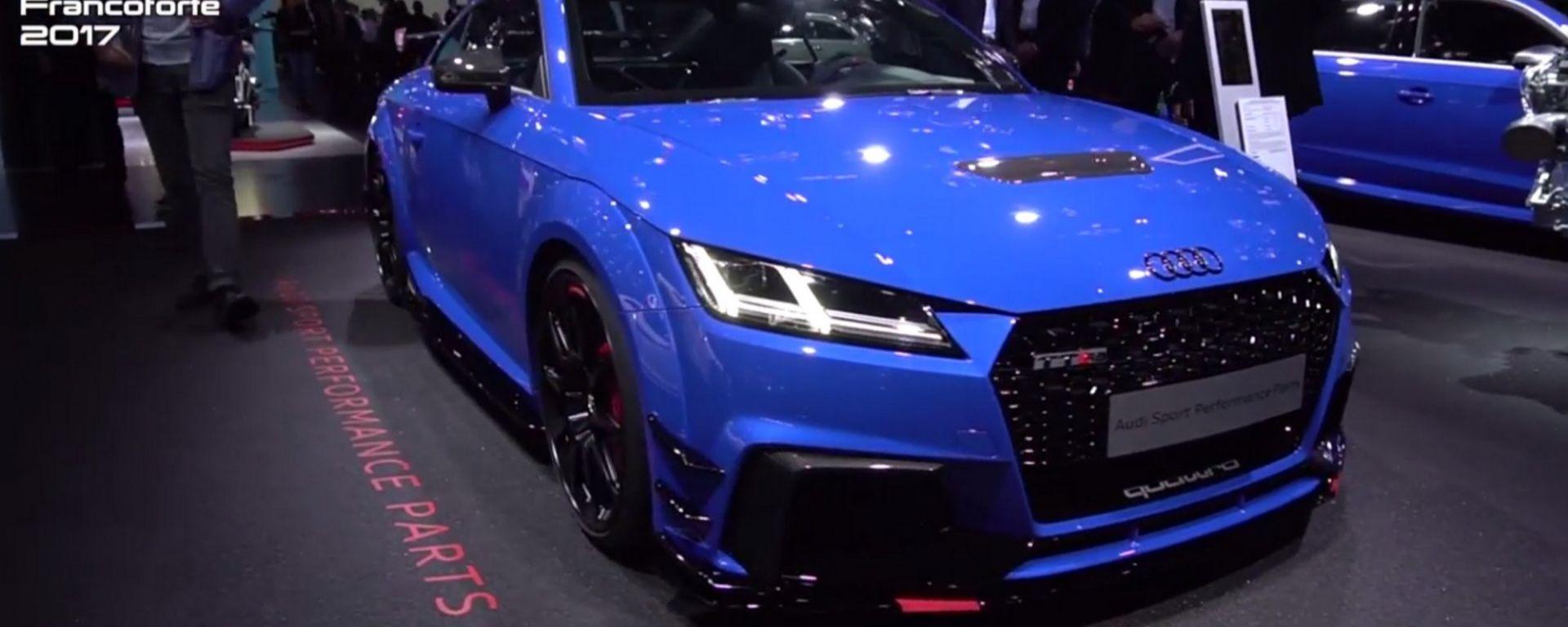 """Audi TT RS, ancora più cattiva con il kit """"Performance Parts"""""""