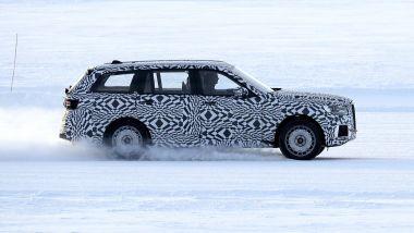 Aurus Komendant: il profilo del grande SUV sovietico
