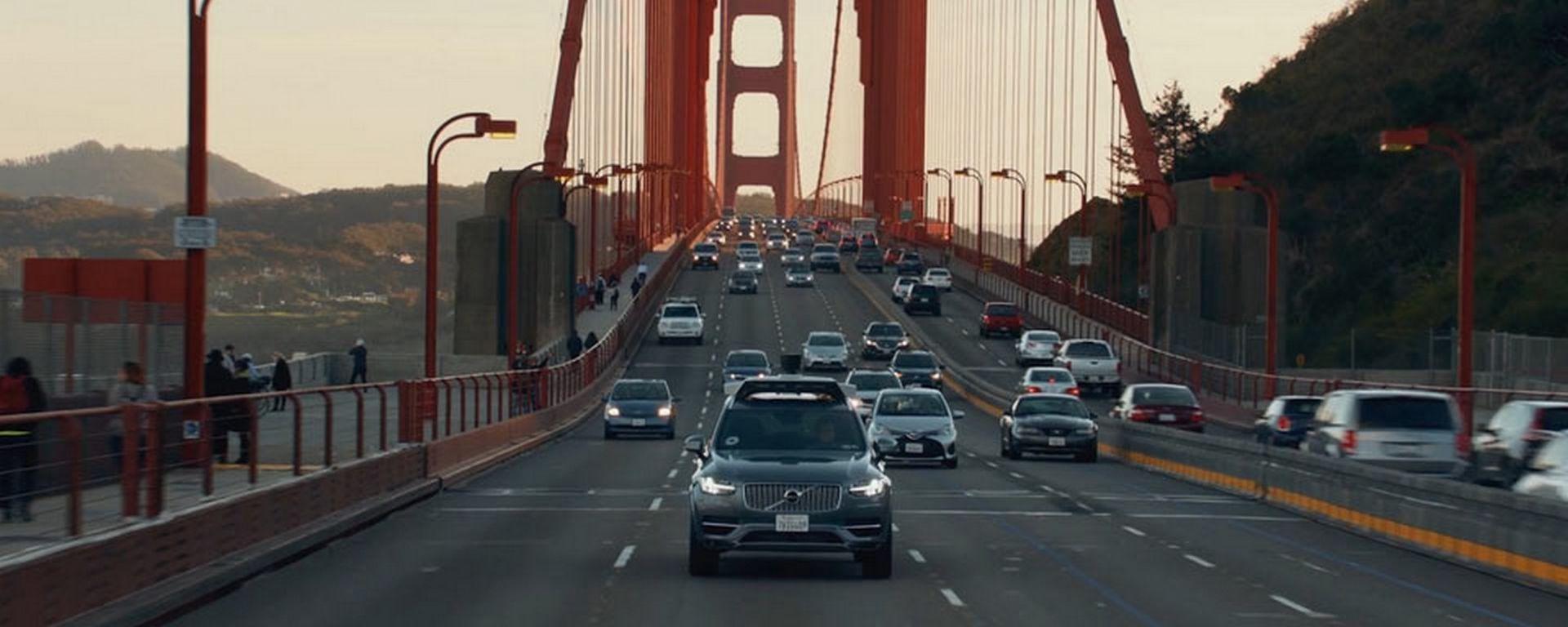 Auto a guida autonoma: via libera ai test senza controllo umano