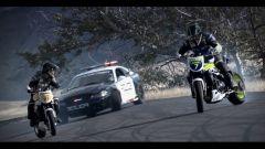 Auto contro moto sfida a tutto drift - Immagine: 3