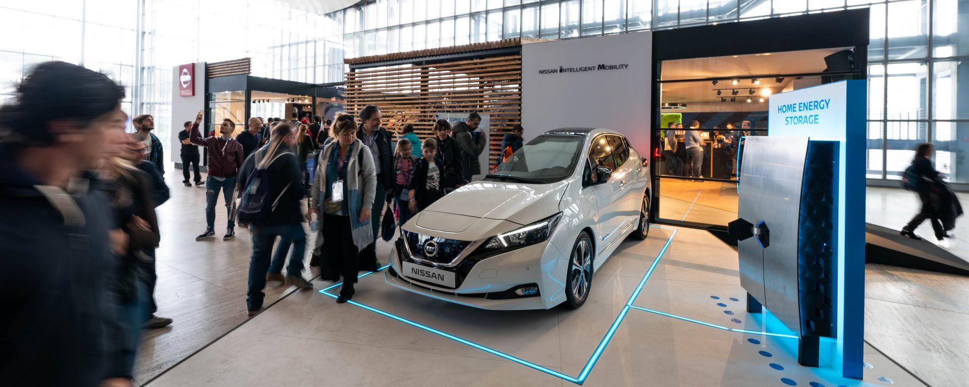 Auto elettriche: le strategie di Nissan