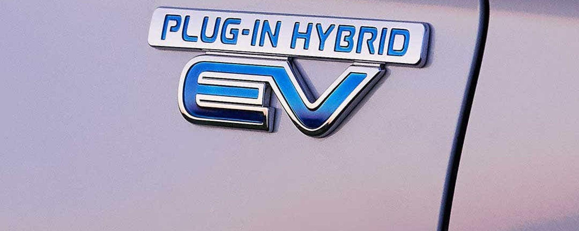 Auto ibride e bollo auto, come si calcola?