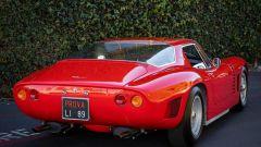 Auto italiane iconiche con motore V8: la Iso Grifo vista da dietro