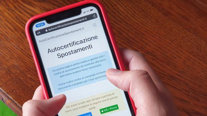 Autocertificazione, app per smartphone non più valide