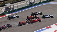 Autodromo di Sochi - il contatto 2016 tra Kvyat e Vettel