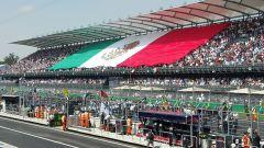 Autodromo Hermanos Rodriguez - la folla messicana