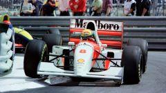 Ayrton Senna con la MP4/8 a Monaco