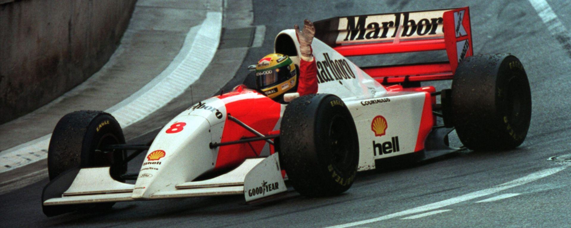 Ayrton Senna vinse il GP di Monaco nel 1993 su McLaren MP4/8