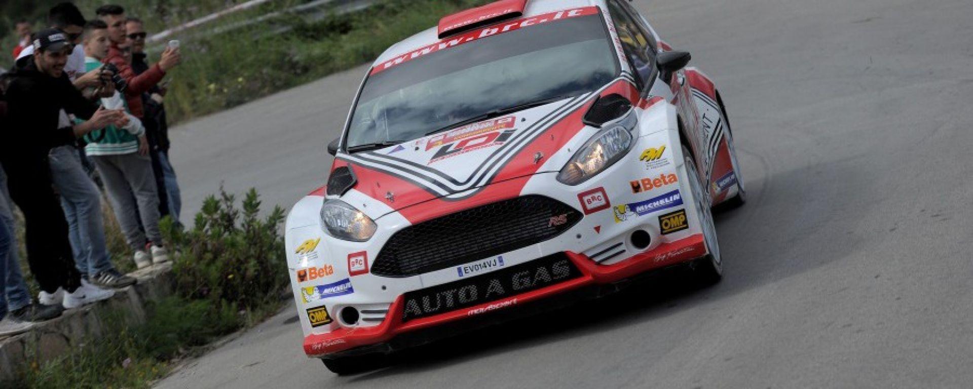 Cir: rally Due Valli gara 1. Vince Basso, Andreucci secondo, ancora aperta la lotta per il titolo
