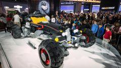 Batmobile di Lego: la costruzione ha richiesto 1.833 ore di lavoro