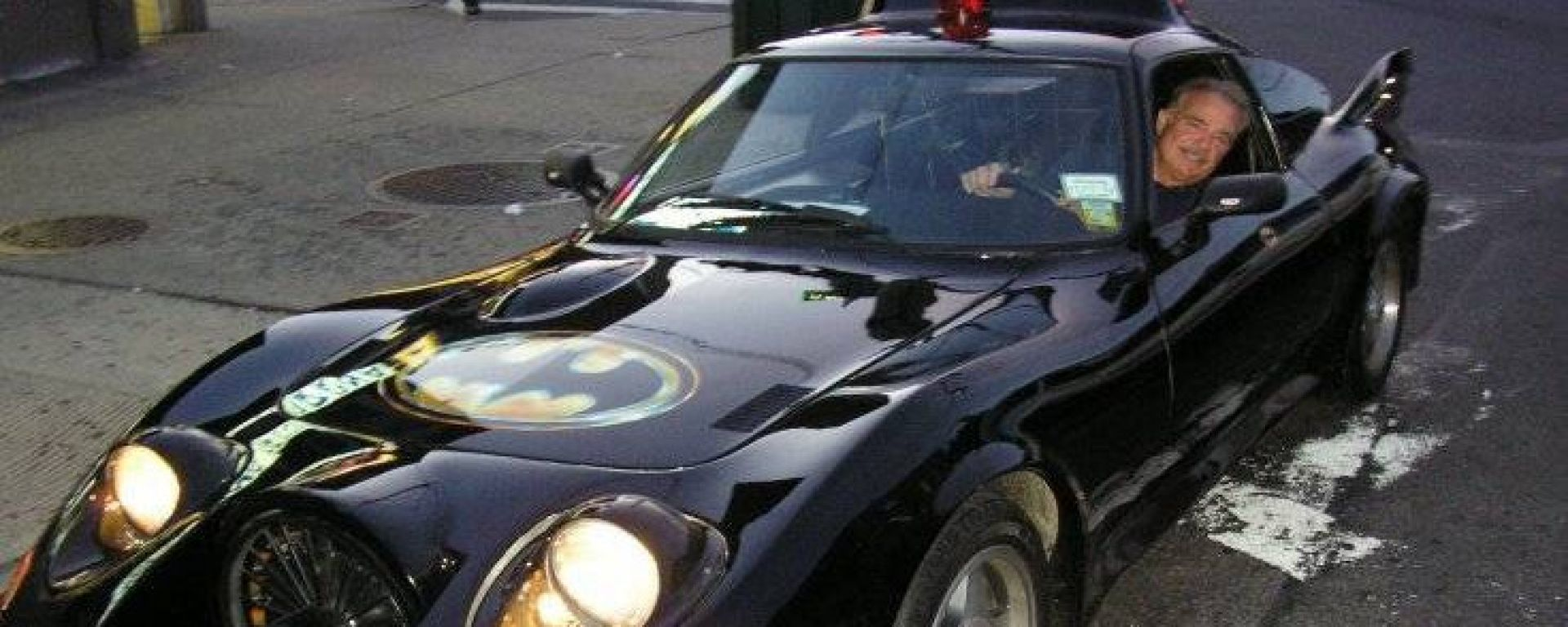 Batmobile: l'auto di Batman in vendita su Craigslist