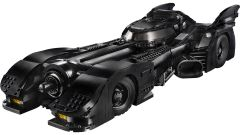 Batmobile LEGO: visuale di 3/4 anteriore