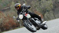 Bella e rifinita a mano la Triumph Bonneville T100 ha fascino e stile senza tempo