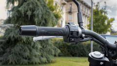 Benelli Leoncino 250: i comandi del blocchetto elettrico sinistro