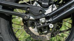 Benelli TRK 502 X: dettaglio del forcellone