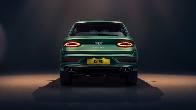 Bentley Bentayga 2020: visuale posteriore