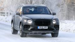 Bentley Bentayga: griglia ridisegnata, nuovo paraurti e nuove luci anteriori e posteriori