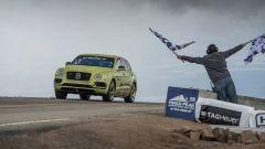 Bentley Bentayga: il SUV più veloce del mondo. Almeno sulla Pike's Peak