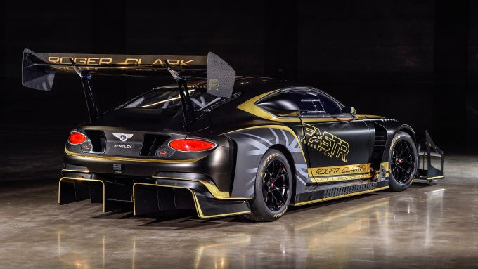 Bentley Continental GT3 Pikes Peak: il 3/4 posteriore